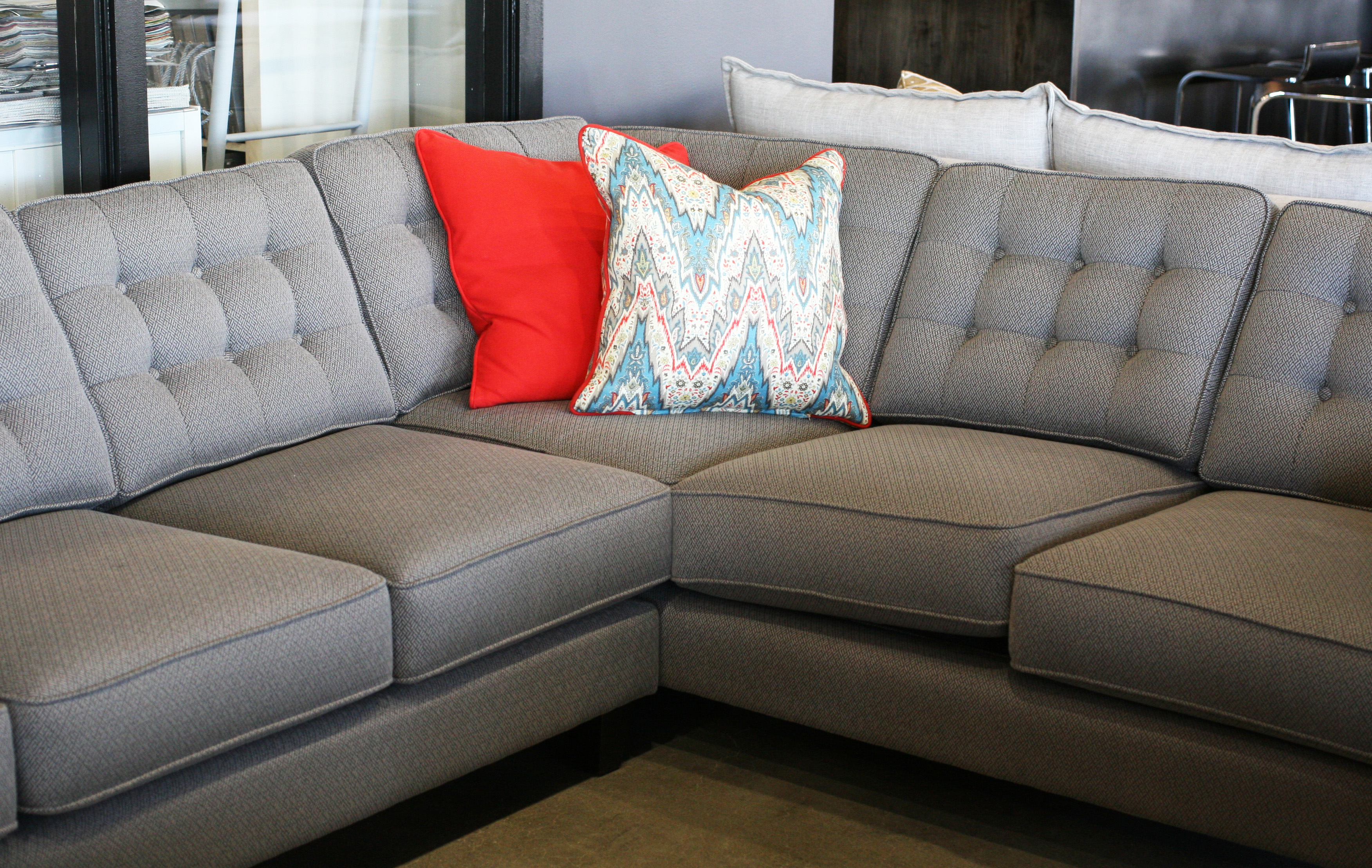Jonas sectional-1