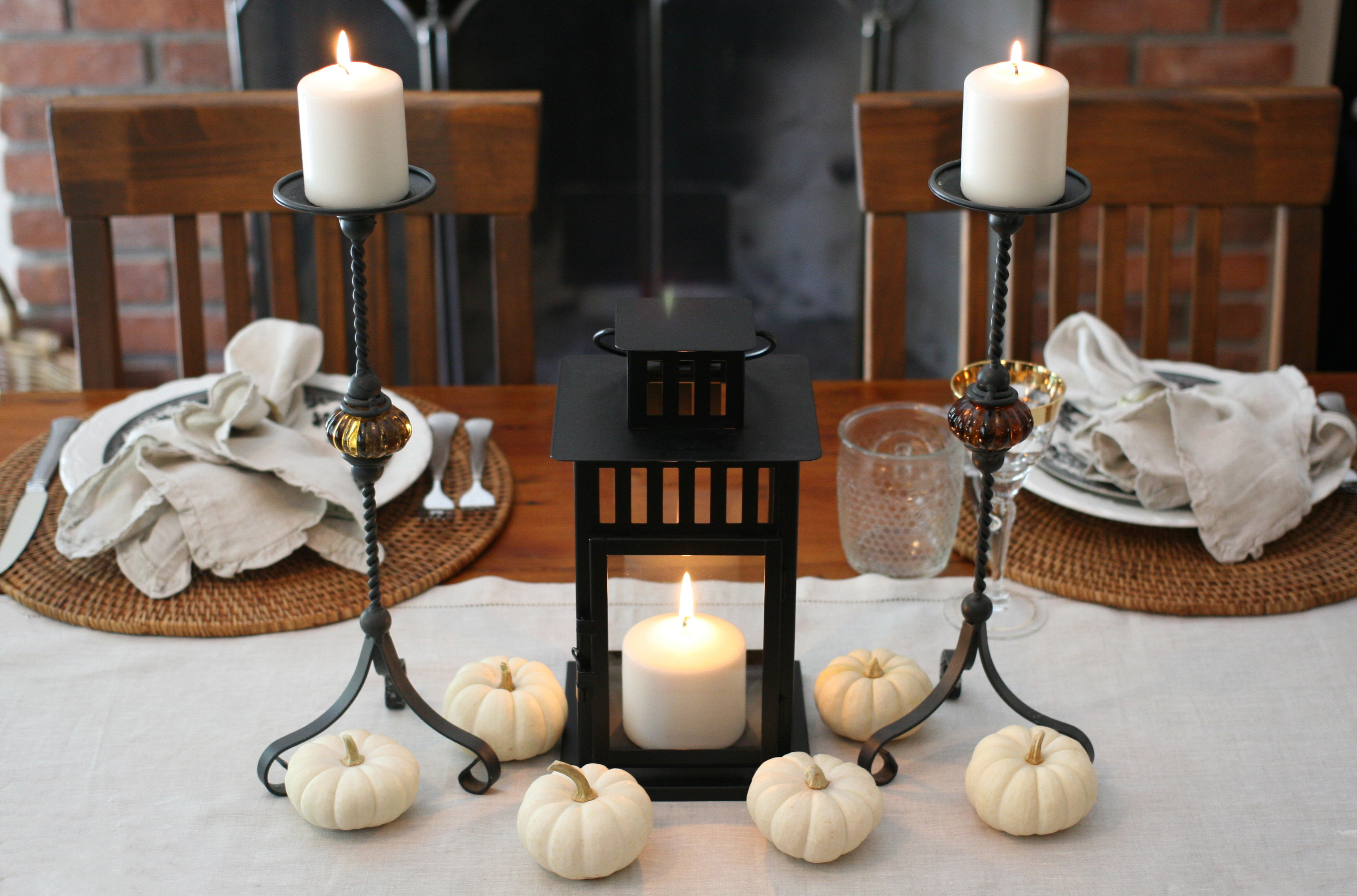 centerpiece-lantern-white