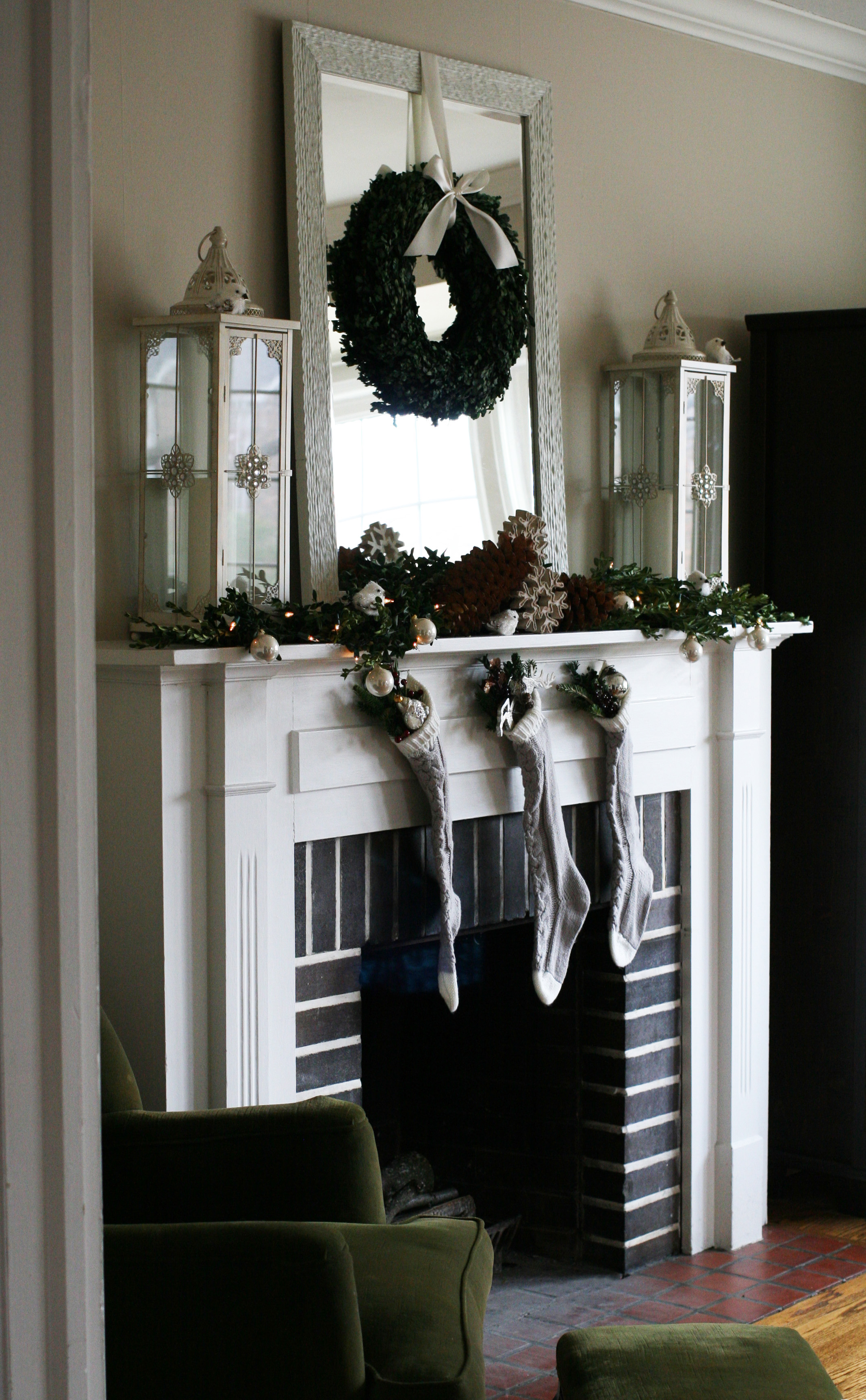 mantel-side view-1