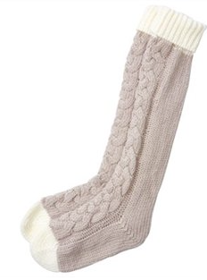 Knitting Pattern Reading Socks : Winter White   Holiday Mantel Design hearth & gable